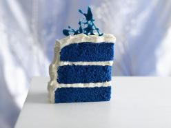Gotta try this - maybe a fun 4th of July dessert!  Add some strawberries and you're all Red White & Blue: Cake Recipe, Royals, Food, Recipes, Blue Cakes, Bluevelvet, Blue Velvet Cakes, Royal Blue, Wedding Cake