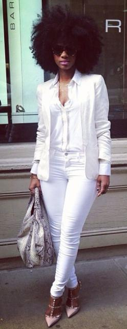 {Grow Lust Worthy Hair FASTER Naturally}>>> www.HairTriggerr.com <<<  She is WORKING this White Outfit with her Big Curly Fro!  <3: All White Outfit, Style, Afro Chic, Allwhite Naturalhair, White Outfits, Gorgeous Hair, Natural Hair,