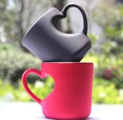 Heart mugs: Gift, Heart Mugs, Stuff, Heart Shapes, Coffee Cups, Things, Tea, Coffee Mugs
