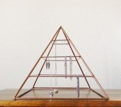 Hey, I found this really awesome Etsy listing at https://www.etsy.com/listing/166029849/welded-pyramid-jewelry-display-in-copper: Jewelry Storage, Display Pyramid, Welded Pyramid, Copper, Jewelry Displays, Welded Jewelry, Large Welded, Display Idea