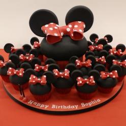 Minnie Mouse giant cupcake cake and cupcakes: Mini Mouse, Cup Cakes, Cakes And Cupcakes, Minnie Mouse, Giant Cupcakes, Mouse Party, Birthday Cake, Party Ideas