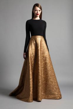 #Modest doesn't mean frumpy. #DressingWithDignity www.ColleenHammond.com www.TotalimageInstitute.com   Romona Keveza Luxe RTW Fall 2014: Romona Keveza, Modest Prom Dress, Black And Gold Gown, Black And Gold Dress, Golden Dress, Golden Gown, Gold And Black