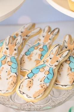 Peter Rabbit watercolor cookies... would be adorable for a baby shower: Cake, Peter O'Toole, Rabbit Party, Hello Naomi, Beatrix Potter, Peter Rabbit, Rabbit Cookies, Baby Shower, Rabbit Christening