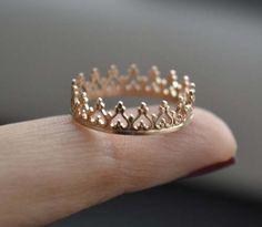 Princess crown ring - Mine would be called the Queen crown ring.: Fashion, Style, Queen, Princess Crowns, Princess Crown Ring, Crown Rings, Jewelry, Accessories