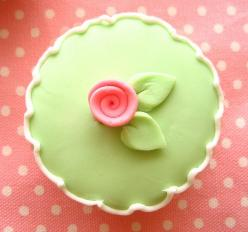 seriously too pretty to eat!: Flower Cupcakes They Re, Pretty Cupcakes, Cupcakes 2442, Sweet, Rose Cupcakes, Pink, Green Cupcakes, Photo