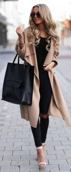 Street style black outfit and camel coat. #streetstyle #ParisComing Daily LookBook 11.28 cheapmkhandbags.jp.pn must have,cheap michael kors bags,fashion winter style, just cool.: Fashion Style, Street Style, Leather Tote, Winter Fashion, Fall Outfit, Fall