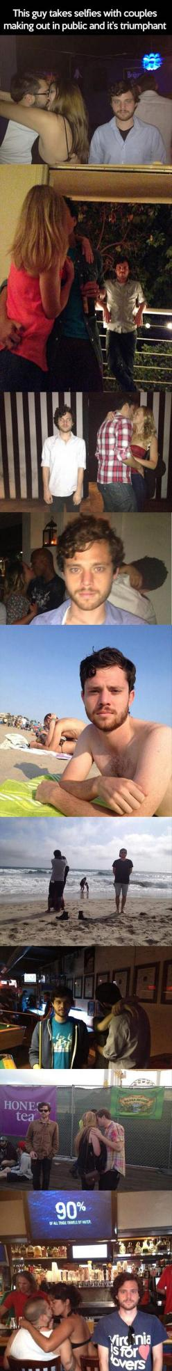 This is glorious. He's like a self appointed third wheel. #compartirvideos #funnypictures #uploadfunny: Awesome Selfies, Funny Guys, Funny Pictures, Awkward Funny, Funny Humor Hilarious, Couple, Selfies Funny, Guy Takes
