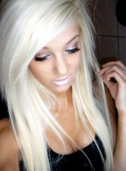 This will be my hair after  my 15lb weight lose mark and of course after some serious tanning lol !! Going back to blonde !!: Platinum Blonde, Hair Ideas, Hairstyles, Hair Colors, Blonde Hair, Blondes, Makeup, Bleach Blonde, Hair Style