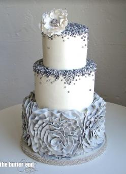 To see more gorgeous cake details: http://www.modwedding.com/2014/11/13/our-absolutely-favorite-wedding-cakes/ #wedding #weddings #wedding_cake: Blue Wedding Cake, Grey And Blue Wedding, Blue And Silver Cake, Grey Wedding Cake, Amazing Cake, Beautiful Cak