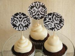 Who doesn't like #chocolate #cupcakes?  I'm trying this #recipe and giving them away to my friends!: Chocolate Cupcakes, Cupcake Recipes, Decorated Cupcakes, Cupcakes 3, Yummy Cupcakes, Healthy Recipes, Recipe Desserts Cupcakes