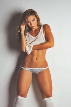 8 ways to squeeze exercise into your day. #fitness #workout #health: Beautiful Thighs, Fitness Body, Fit Bodies, Fitness Inspiration, Sexy Fitness, Women, Hot Fitness Girls, Female Fitness Motivation, Nicole Mejia