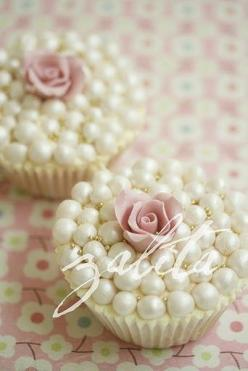 @Alexandra Omohundro pearl cupcakes I want these for my wedding!!!: Cup Cakes, Wedding Idea, Sweet, Wedding Cupcakes, Pearls, Rose Cupcake, Wedding Cake, Pearl Cupcakes, Baby Shower