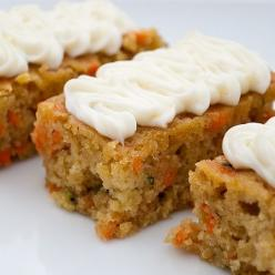 Carrot and Zucchini Bars with Lemon Cream Cheese Frosting: Frostings, Recipe, Carrots, Lemon Cream, Zucchini Cake, Cream Cheeses, Cream Cheese Frosting