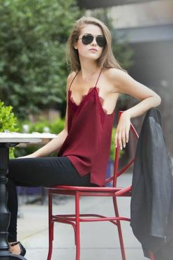 Easy casual. For this weather probably needs a jacket though. #fashion #chic #streetstyle: Nyc Outfit, Cami Nyc, Sexy Red Outfit, Sexy Red Shirt, Silk Top, Silk Tank Top