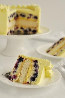 I would die for a bite of this yumm triple lemon blueberry layer cake. I need to learn how to bake. this girl can make some good looking cakes.: Lemon Cake, Triple Lemon Blueberry, Recipe, Lemon Blueberry Cakes, Layer Cakes, Food, Blueberries, Dessert