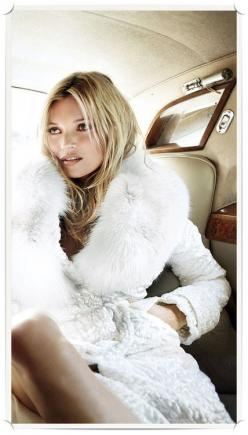 Love this picture of Kate Moss in a Tom Ford fur jacket: Winter Wedding, Katemoss, Tom Ford, White Fur, Kate Moss