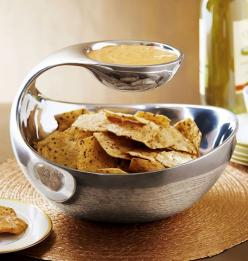Mini-Scoop Server #Food, #Home, #Kitchen: Bowl, Chips, Kitchen Gadgets, Ideas, Dip Server, Scoop Chip, Dips