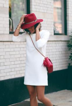 red accessories hat: White Shift Dress, Hats, Red Accessories, Fashion, Street Style, Red Outfit, Little White Dresses