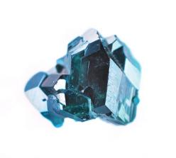 This is no photo– these are tiny, hyper-realistic, and exquisitely detailed oil paintings of semi-precious gemstones and minerals, painted by Toronto-based Carly Waito.: Crystals, Oil Paintings, Inspiration, Carlywaito, Gemstone Painting, Art, Rock, Miner