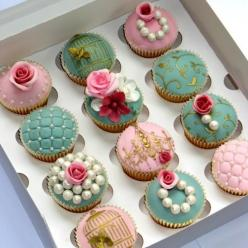 very pretty #cupcakes - would suit from little girl all the way up to adult party... so girly and sophisticated: Tea Party, Cup Cakes, Ideas, Sweet, Cupcakes, Food, Vintage Cupcake, Wedding Cake, Dessert