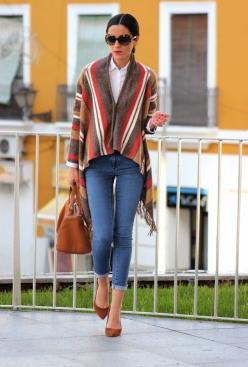 25 Capes And Ponchos For Chilly Autumn Days - Fashion Diva Design: Fashion, Winter, Cape, Street Style, Outfit, Fall, Ponchos