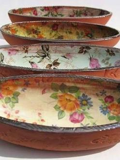 Agneta Spångberg - shallow serving bowl: Decor, Wooden Bowls, Idea, Floral Design, Bohemian Craft, Ceramic, Clay Pot, Things, Decoupage Bowl