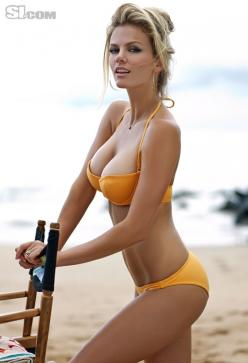Brooklyn Decker: Girls, Sexy, Brooklyn Decker, Bikinis, Beautiful, Brooklyndecker, Hot, Beauty, Women