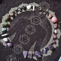 Crystal grid / Sacred Spaces <3: Healing Crystals, Crystals Stones, Crystal Grids, Crystals Minerals, Crystal Healing, Crystals Gemstones, Photo, Good Vibes