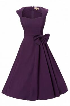 Dresses like this, when worn with strappy heels or flats, are great for summer evening weddings.  But when worn with fierce stilettos, a glamorous wrap, and shiny jewelry, this is perfect for a fall cocktail wedding!: Retro Dress, Evening Dresses, Bridesm