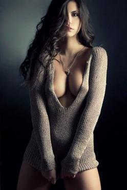 http://www.brestrogenreviewer.com/get-more-beautiful-breasts-without-surgery-with-breast-actives/   I want sexy looking breasts in 2 weeks.......: Sweaters, Girls, Sexy Women, Boudoir, Beautiful Women, Beauty, Photo, Babe
