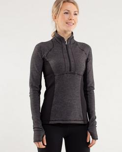 I think wearing something everyday counts as an obsession. I need another one...preferably in dark heathered blue.: Lululemon Wardrobe, Workout Wardrobe, 1 2 Zip, Activewear, Awesome Workout, Baby, Workout Clothes