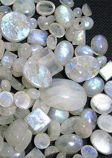 """Moonstone is a """"stone of new beginning"""". Moonstone has traditionally been used to enhance psychic abilities and to develop clairvoyance. It can be worn as a pendant to encourage acceptance of your psychic gifts.: Rainbow Moonstone, Moonstone Cryst"""