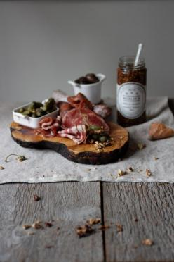 proschiuto, ham, or whatever you may call it looks just awesome in food pictures! how about rich panini for a lunch? yummy!: Recipe, Charcuterie Board, Cutting Board, Food Styling, Yummy, Food Photography