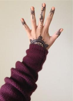 """To the left, to the left."""" -- Beyonce: Hand Tattoos, Hands, Henna Tattoos, Henna Design, Body Art, Tattoo'S, Ink"""