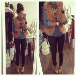 We heart blogger FashionHippieLoves in these Oasis skinny jeans.: Outfit Idea, Style, Fall Outfits, Fall Fashion, Fall Winter, Fur Vest