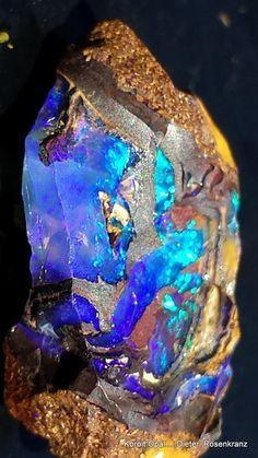 Yowah-Nut Opal - These truly magical Yowah-Nut Opals are found in the Yowah and nearby Koroit opal fields in Queensland, Australia: Color Palettes, Beautiful Opal, Art, Australian Opals, Yowah Nut Opal, Colour Palettes
