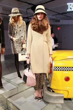 a favorite look from kate spade fall 2013 {camel coat and chapeau with bow details}: Fashion Shoes, Fall Shoes, Beautiful Skirts, Diy Skirts, Fall Fashion, Fall Skirts, Spade Fall