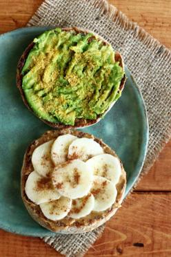 ««~*al ❂ ha Lokahi*~»»: English Muffins, Peanut Butter Banana, Mashed Avocado, Wheat English, Garden Of Vegan, Healthy Eating, Food Drink, Healthy Food, Salt