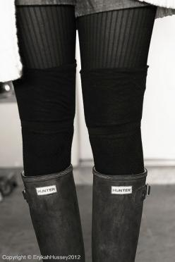 Boots and knee high socks: Hunter Boots, Rainboots, Rain Boots, Outfit, Grey, Knee High Socks, Photo, Fall Winter, Boots Style