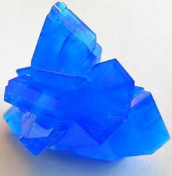Chalcanthite is an excellent throat chakra stone. It is said to help further desires through communication abilities. It is also said to help one stay in the now and enjoy life, as well as get rid of feelings of abandonment. Chalcanthite is reputed to eli