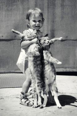 I love my cats: Cats, Animals, Girl, Children, Kids, Kitty, Photo, Black, Cat Lady