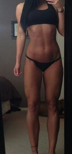 .looks like Michelle Lewin  ^^^^ I dislike you. It's Tana Ashlee and she doesn't even come close to Michelle. Michelle is PERFECT.: Body Goals, Fitness Goal, Fitness Inspiration, Fitness Girl, Fitness Motivation, Fitgirl, Fitness Workout