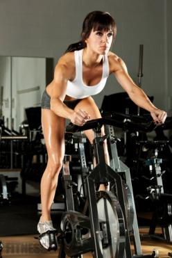 Spin Your Way to Fat Loss! Looking for a new form of cardio to change up your routine? This article gives you 2 interval spin workouts. Try them out!: Interval Routines, Cardio Workouts, Fitness, Spin Workouts, Healthy, Spin Class, Spin Interval, Spinning