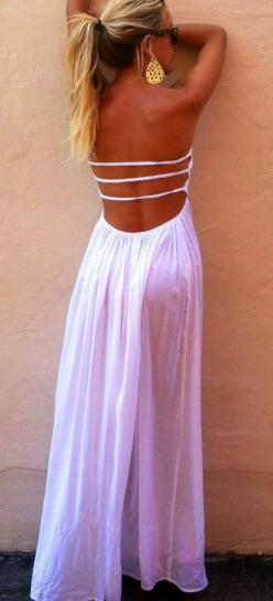 Stylish white maxi dress with open back Fun and Fashion Blog: Summer Dresses, Summer Fashion, Style, Maxis, Spring Summer, White Maxi Dresses, Open Back, Ladder Maxi