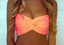 ♥ this bikini top!!: Bathing Suits, Bikinis, Swimsuits, Swimwear, Bathingsuits