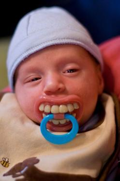 This little guy looks drunk ha!: Babies, Pacifier, Funny Things, Funny Stuff, Humor, So Funny, Can'T Stop Laughing, Kid