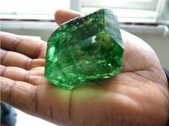 Weighing in at 325.14 carats and priced well over two million dollars, this extraordinary tsavorite is one of the largest most valuable gems ever to be discovered in East Africa.: Crystals Minerals Gemstones, Gem Stones, Rocks Minerals, Crystals Rocks Gem