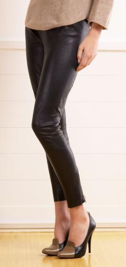 With a sequin blazer or top (and black patent pumps), this would be a great party outfit!: Satine Pants, Party Outfit, Autumn Winter, Dream Closet, Casual Outfits, Leather Pants, Pinterest Closet, Fall Winter