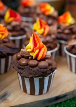 Camping Summer Party cupcakes!  See more party ideas at CatchMyParty.com!: Campfire Cupcakes, Camping Cupcake, Camping Birthday Cake, Bonfire Cake, Summer Party, Bonfire Cupcake, Campfire Cake, Bonfire Party Idea