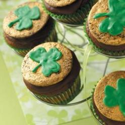 Chocolate-Mint Shamrock Cupcakes Recipe from Taste of Home: Chocolate Mints, Holiday, Chocolate Mint Shamrock, Recipe, St. Patrick'S Day, St Patty, St Patricks, Shamrock Cupcakes